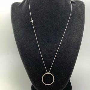 Diamonds 10 Kt White Gold Circle Pendant Necklace